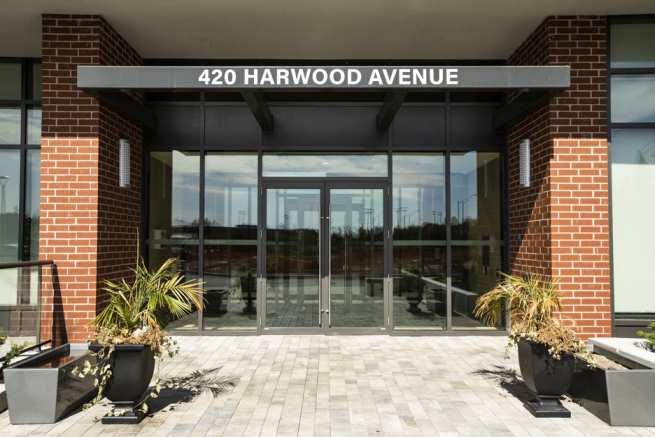 420 Harwood (26)