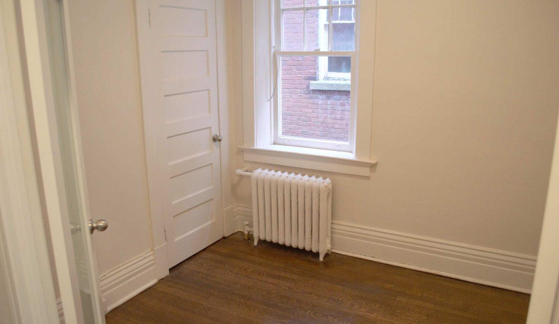 Glen Road - 3 bedroom 2nd bedroom