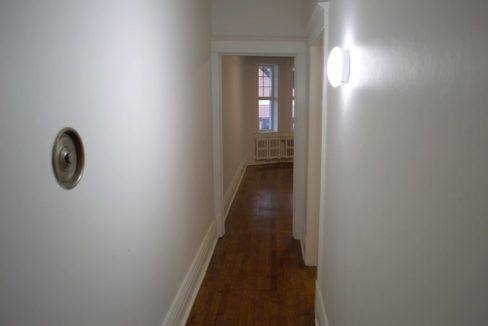 Glen Road - 3 bedroom hallway