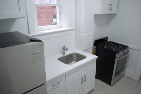 Glen Road - 3 bedroom kitchen