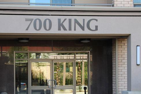 700-king-1